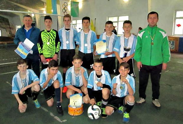 Наші молоді футболісти здобули перше місце в Україні