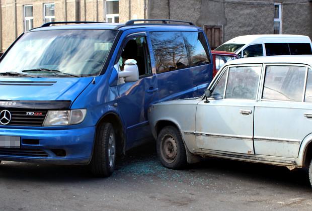 ДТП на перехресті вул. Б. Хмельницького та І. Вільде