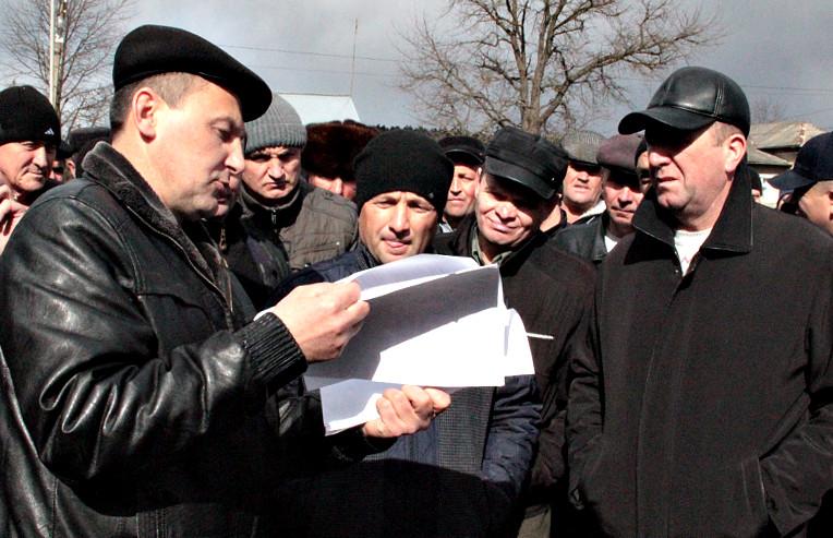 Жителі Красноїльської громади виступили проти передачі лісу під мисливські угіддя