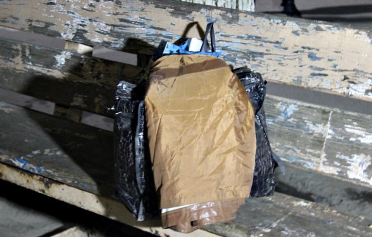 """У Сторожинці """"розміновували"""" підозрілі сумки"""
