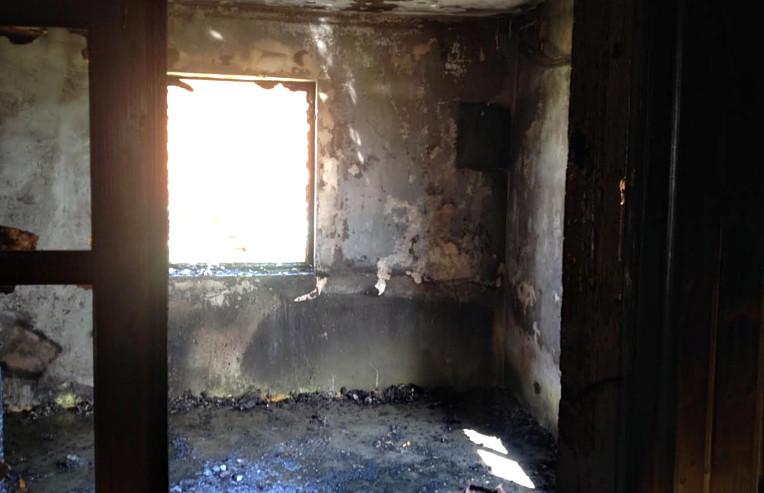 У пожежі постраждала маленька дитина (ФОТО)