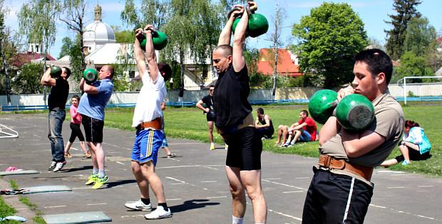 Чемпіонат з двоборства в Сторожинці