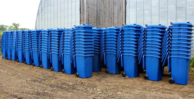 1460 нових сміттєвих контейнерів для громади