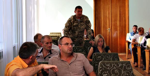 В Сторожинці обговорили проблеми бійців АТО