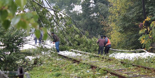 Негода наробила багато шкоди на території району