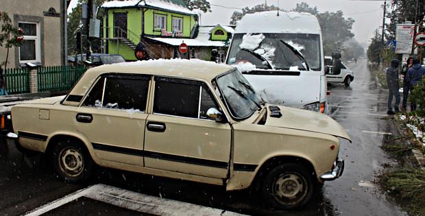 ДТП на перехресті Чернівецької та Шевченка