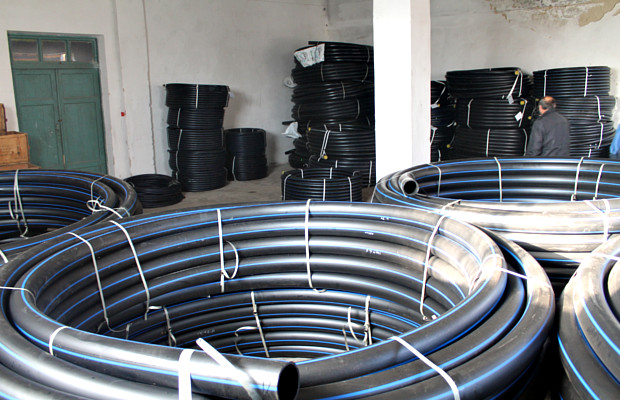 """Чотири кілометри труб для нового водогону біля """"танку"""""""