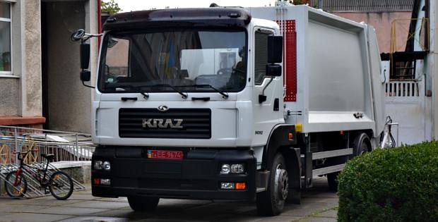 До міста прибула нова вантажівка для ТПВ