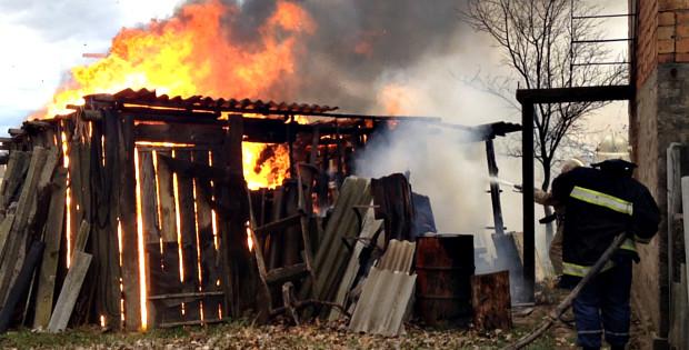Пожежники врятували від вогню житловий будинок в Ропчі
