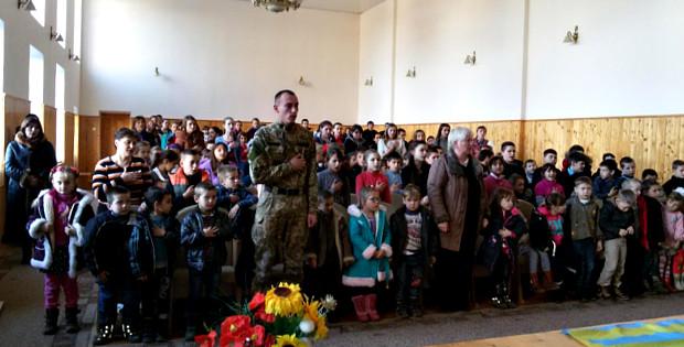 Урочистості з нагоди Дня Збройних сил у Банилові-Підгірному