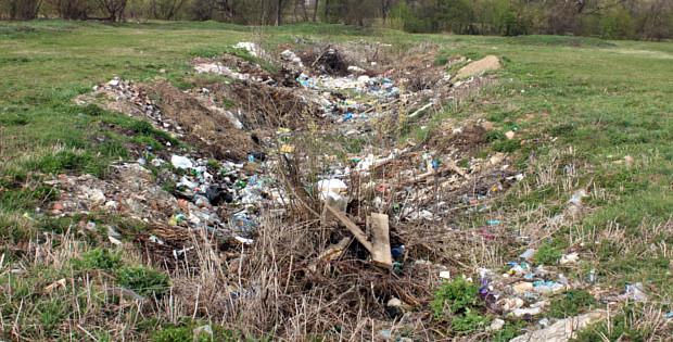 Стихійне сміттєзвалище на берегах Білки. Що робити?