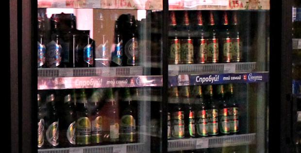 Продаж алкоголю неповнолітнім