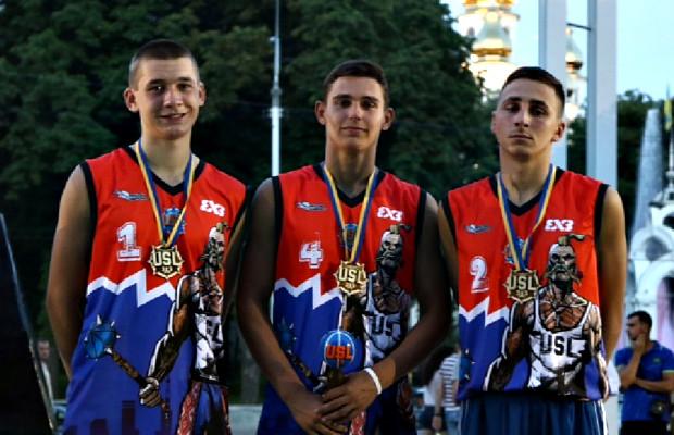 Сторожинчанин взяв участь у стрітбольному турнірі в Харкові
