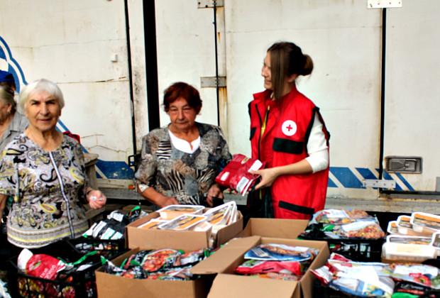 Районний Червоний Хрест отримав продуктові набори