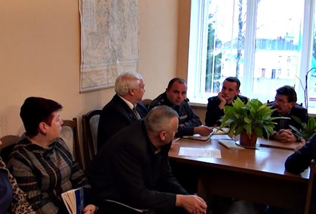 На комісії з ТЕБ та НС обговорили ситуацію на дорогах району