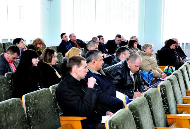 Зустріч з експертами щодо Статуту Сторожинецької громади та участі в проектах