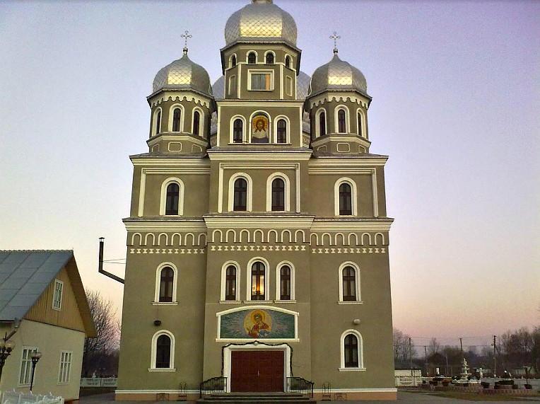 Пограбували церкву