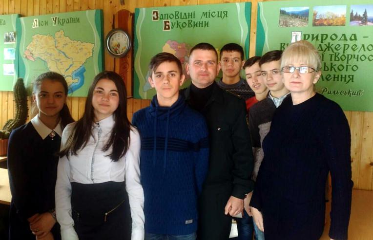 Лісівники в школах