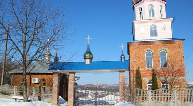 Вночі у Сторожинці пограбували церкву