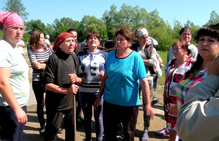 Зустріч жителів Комарівців