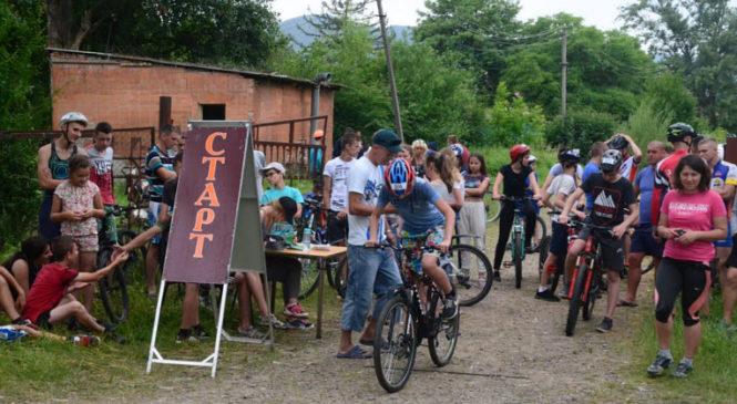 Сторожинчани стали переможцями ІІ етапу Чемпіонату України з пішохідного та велосипедного туризму
