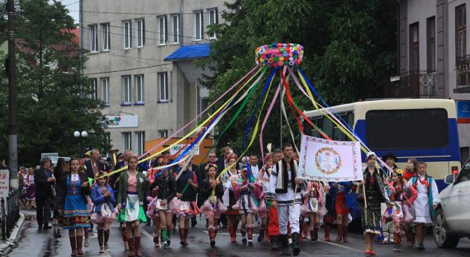"""Регіональний фестиваль національних культур """"Барви Сторожинеччини"""""""