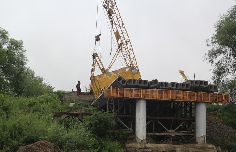 Аварія на мосту у Сторожинці. Обвалився один проліт
