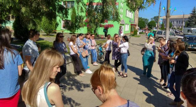 Батьки вихованців дитячих садочків Сторожинця висловилися проти тривалого закриття ДНЗ міста на ремонт