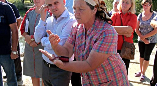 Сторожинчанам пообіцяли з понеділка продовжити ремонтувати міст по вул. Клинівській