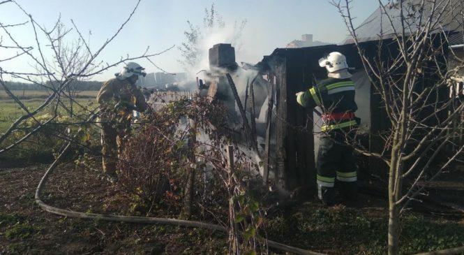 Рятувальники ліквідували дві пожежі на території району