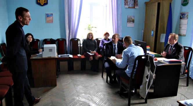 У Сторожинецькій громаді закінчився конкурс на посади директорів загальноосвітніх навчальних закладів. Зміни – тільки в ЗОШ №1