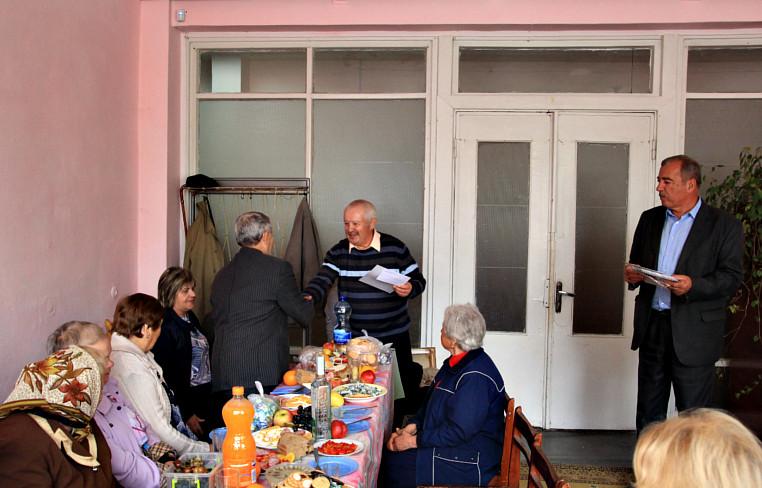 Привітання ветеранів та людей похилого віку