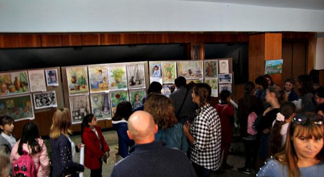 У РБНК відкрилась персональна виставка творчих робіт Іванович Дарії