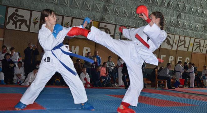 """У Сторожинці відбулися змагання з карате клубу """"Аlliance"""""""