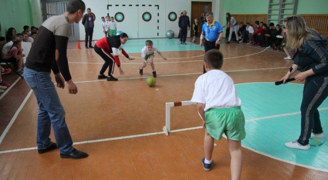 """У Сторожинецькому ліцеї відбулися змагання """"Cool Games"""""""