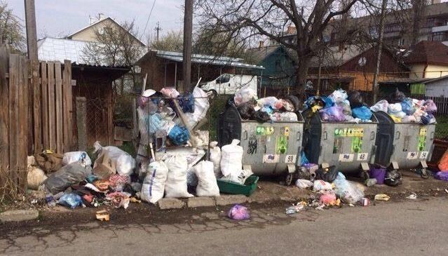 Сторожинчани заборгували за вивезення сміття майже 250 тис. грн. Список