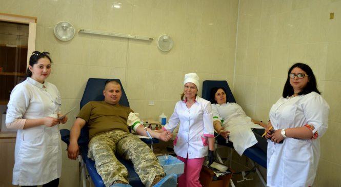 """У Сторожинці здачею крові відзначили """"Всесвітній день донора"""""""