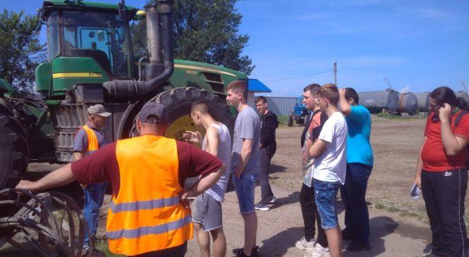 Студенти лісового коледжу під час практики ознайомилися з реальними виробництвами