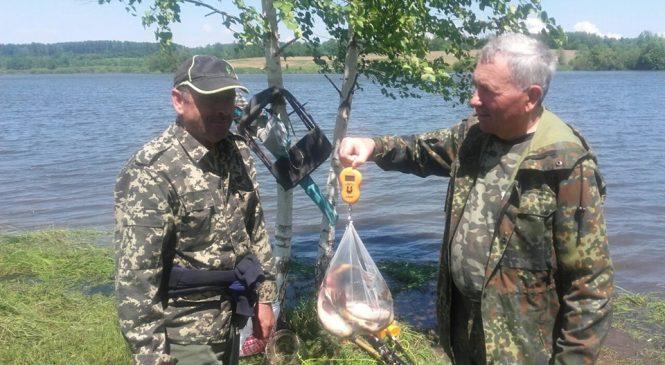 УТМР біля Банилова-Підгірного провели змагання з рибної ловлі